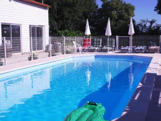 """Duplex"" Boutillon gites 4* family accommodation, La Rochelle"