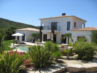 Casa Corsino A Stunning Lake Side Luxury four bed, Lagos