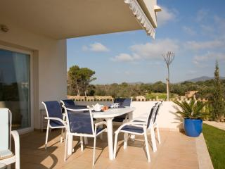 Ground Floor Holiday apartment with garden, Cala d'or