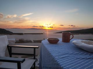 Village retreat with peaceful view, Tinos