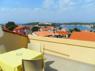 Sea view apartment, 350m from the beach