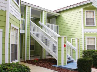 Caitlins Disney Condo - Spacious and convenient, Kissimmee