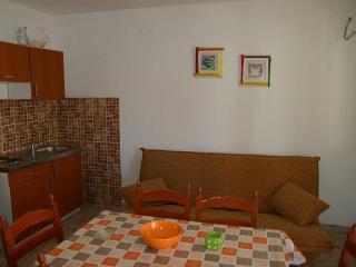Boro 2 cozy apartment for 6 persons, Novalja