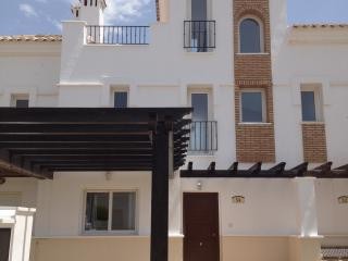 La Torre, 2 Bedroom Townhouse with Spa, Torre-Pacheco