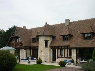 Manoir Normand situé à 1,5 km du centre d'Honfleur