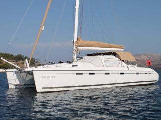 catamaran-skylax.