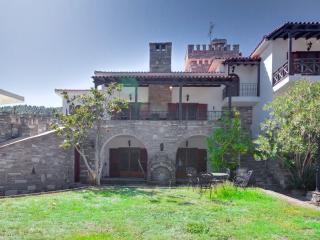 Stone Mansion in Vourvourou (7BD)