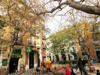 Acogedor apartamento y desayuno en Valencia centro