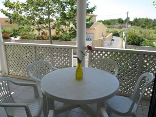 Family 3 Bed Apartment - Pool and 200m to Beach, Cap-d'Agde