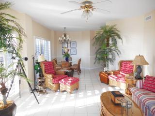 The Palms 304C~ three beds, 3 baths corner unit!, Orange Beach