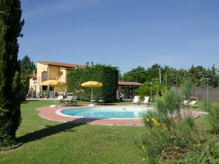 Podere Casanuova- Appartamento Lo Strettoio, Gambassi Terme