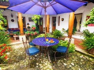 Casa de Linda - Gourmet B&B in Luxurious Home, Antigua