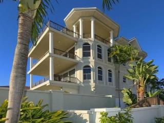 Surfside Manor, Gulf View, 3 Bedrooms, Heated Pool, Sarasota