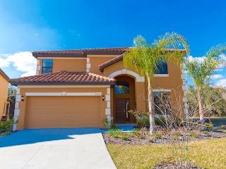BrandNew 6 bed Pool House, 5.5 baths,Gameroom Wifi, Kissimmee