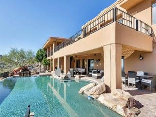Private 10,000sf Oasis in Paradise Valley
