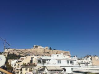 Acropolis Charming Loft with Amazing View, Atenas