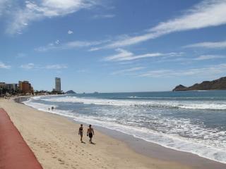 Islas del Sol 1403- Beach Condo, Mazatlan