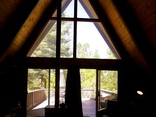 Moonstone Cabin with Lake Passes!, Lake Arrowhead
