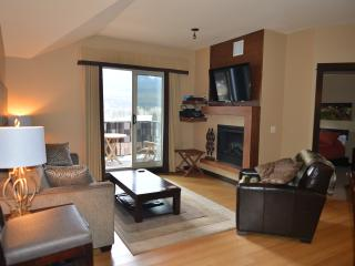 Private 2 Bedroom 2 Bathroom Spacious Home-Home with Panoramic views of Canmore