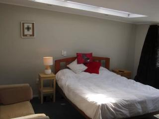Room by the Sea (room 1), New Plymouth