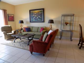 Phx 7 - NEW - Mar 19-26 $1150, Apr. 2-9 $1500, Orange Beach