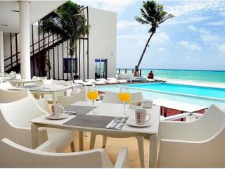 Luxury Beach Suite @ Pure Marea Azul, Playa del Carmen