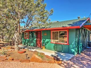 Cute & Cozy 2BR Payson Home w/Wifi, Nice Deck, Partial Mogollon Rim Views & Very Private Setting - Less than ½ Mile from Graff Road Trailhead! Close to Golf, Shopping, Fishing & More