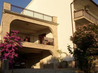 5093 A1(4) balkon - Primosten