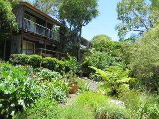 Sunshine Beach Garden Retreat