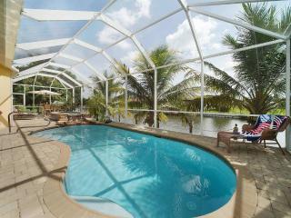 Villa Champagne - Cape Coral