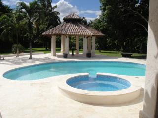 Villa Maud