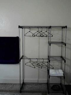 Hanging rack portable.