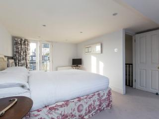 onefinestay - Ashington Road private home