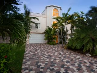 15 Coco Plum Beach access