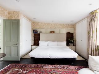 onefinestay - Belgravia Place apartment, London