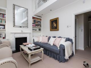 onefinestay - Broughton Road II apartment, London