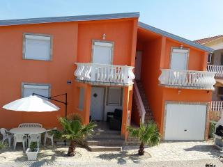 Deme apartments (Croatia)  1., Vir