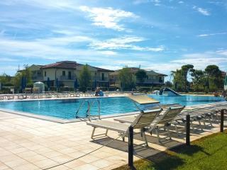 Casetta con piscina e giardino per vacanze al mare