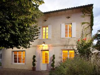 Luxury Villa in the walled village of St.Emilion