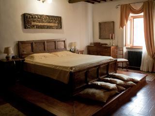 Appartamento di pregio a Vinci in casa storica.