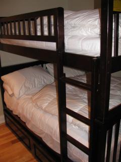Full over Full Bunk Beds (sleeps 4)