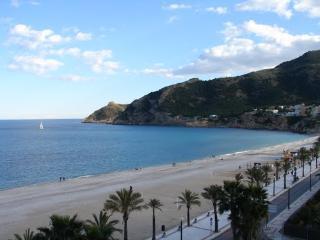 Apartamento a 100 metros de la playa, El Albir