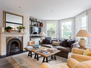 onefinestay - Christchurch Avenue III private home, Londres