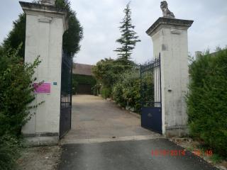 2 GITES mitoyens 2/4 per.piscine chauf/partagé au coeur des chateaux de la loire, Richelieu