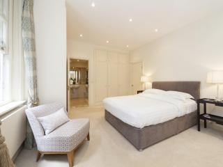 onefinestay - Dilke Street II private home, London