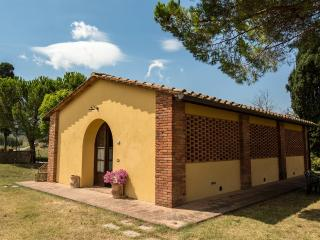 CASA D' ERA COUNTRY HOLIDAY HOUSE Flat Butterly, Lajatico