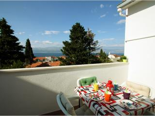 Charming  apartment Lea for a relaxing holiday, Supetar