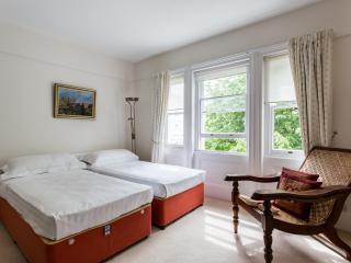onefinestay - Elgin Crescent VIII apartment, London