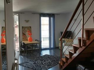 nel quartiere San Martin piso duplex, Barcelona