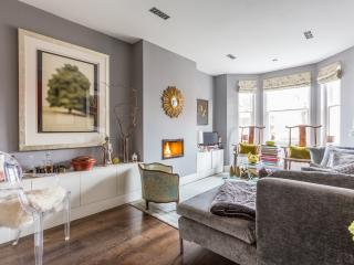 onefinestay - Elm Park Mansions II apartment, London